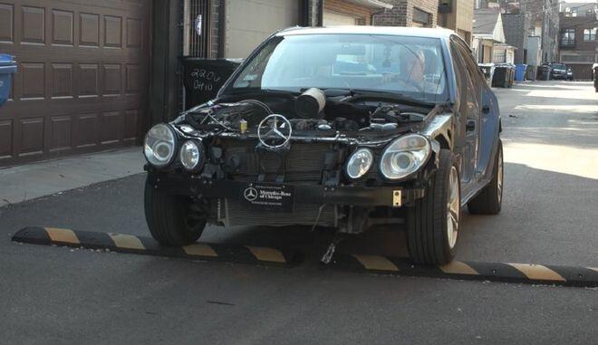 Τι συμβαίνει στο αυτοκίνητό σου, όταν περνάς με ταχύτητα ένα σαμαράκι
