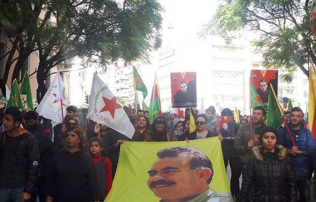 Συνεχίζεται η απεργία πείνας Κούρδων της Αθήνας για τον Οτσαλάν