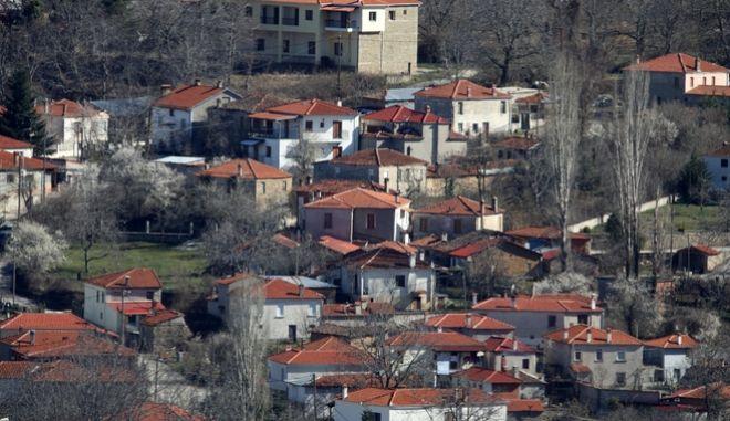 Το χωριό Δαμασκηνιά.
