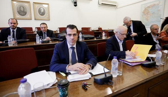 Στιγμιότυπο από συνεδρίαση της προανακριτικής σχετικά με τη διερεύνηση αδικημάτων που τυχόν έχουν τελεσθεί από τον πρώην Αναπληρωτή Υπουργό Δικαιοσύνης Δ. Παπαγγελόπουλο κατά την άσκηση των καθηκόντων