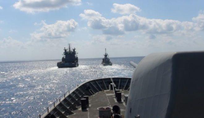 """Ελληνοτουρκικά: """"Προσεκτικό βάδισμα"""" στο ΝΑΤΟ ενώ αναμένεται ηχηρό ελληνογαλλικό μήνυμα"""