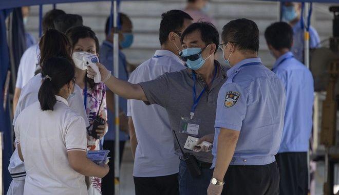 Έλεγχος κρουσμάτων στην Κίνα