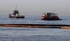 Λιμενικό: Δεν υπάρχει επιφανειακή ρύπανση σε Σαλαμίνα και Πειραϊκή