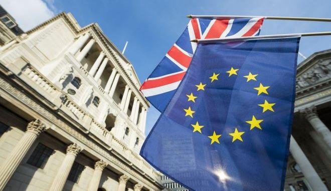 Brexit: Το Ευρωκοινοβούλιο ενέκρινε την εμπορική συμφωνία ΕΕ - Βρετανίας