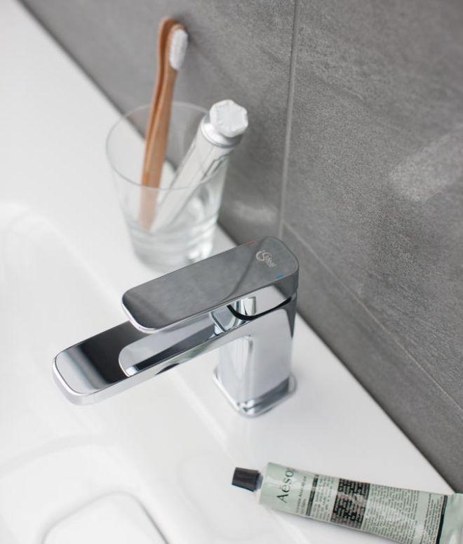 Τρεις συμβουλές υγιεινής που μάλλον δεν τηρείς στο μπάνιο σου