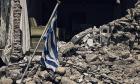 """Οι ξεχασμένοι σεισμοπαθείς του Τυρνάβου - """"Η κυβέρνηση μας άφησε αβοήθητους"""""""