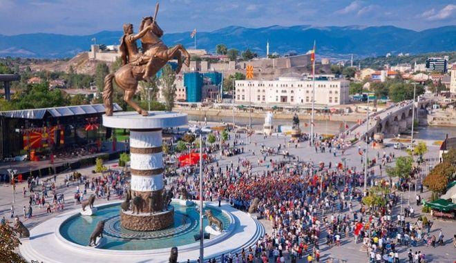 Σε πρόωρες εκλογές οδηγείται η ΠΓΔΜ μετά το σκάνδαλο των υποκλοπών