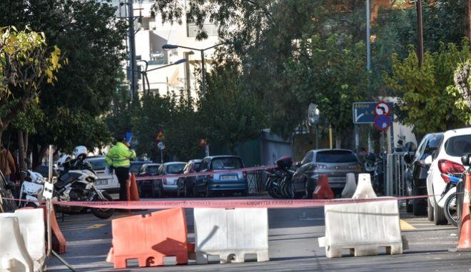 Εντοπισμός ύποτπτου αντκειμένου κοντά στο Αστυνομικό Τμήμα Ζωγράφου.