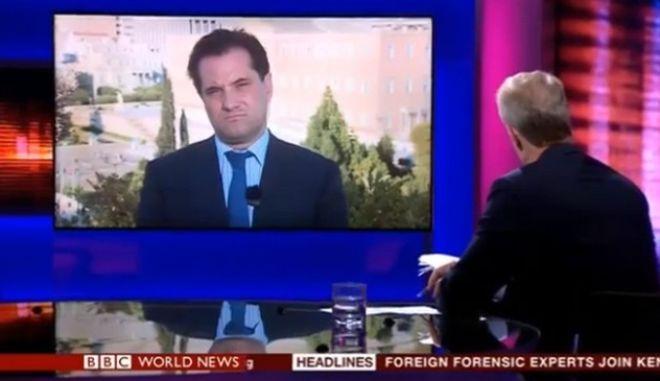 """Δημοσιογράφος του BBC σε Γεωργιάδη: """"Πώς δέχεστε να κάθεστε στα ίδια έδρανα με ναζιστές;"""""""