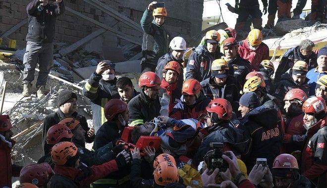 Σεισμός 6,8 ρίχτερ στην Τουρκία