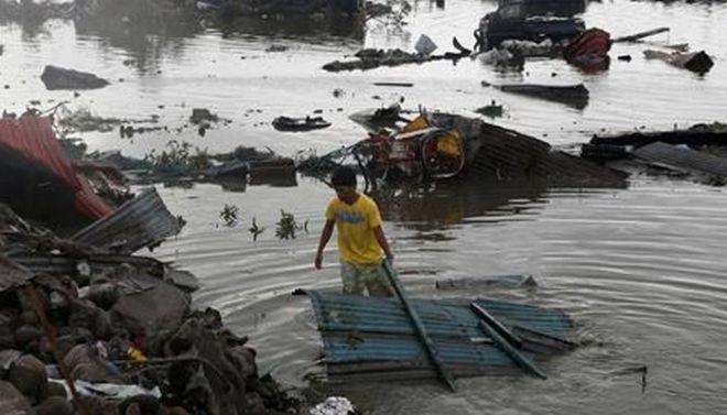 Φιλιππίνες: Περισσότεροι από 10.000 οι νεκροί, χάος και λεηλασίες στην πληγείσα επαρχία