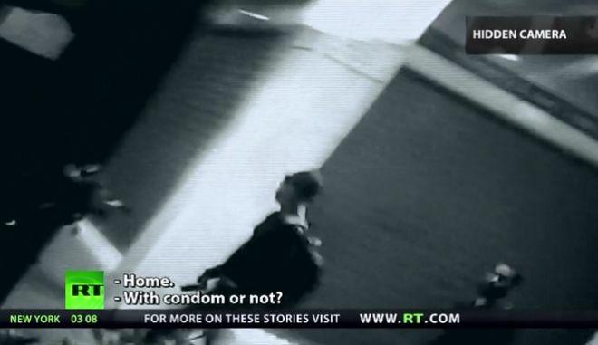 Σεξ, ναρκωτικά και πρόσφυγες: Το συγκλονιστικό ντοκιμαντέρ του RT στην Αθήνα