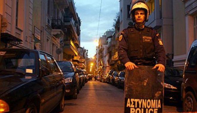 Νέες επιθέσεις κατά αστυνομικών στη Χ. Τρικούπη