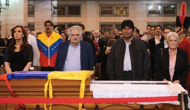 Η Βενεζουέλα αποχαιρετά τον Τσάβες