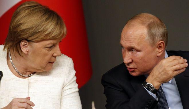 Βλαντιμίρ Πούτιν και Άγγελα Μέρκελ