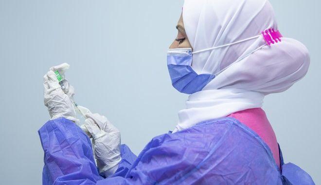 Εμβολιασμός κατά του κορονοϊού στην Αίγυπτο