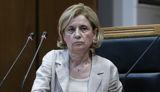 Η εισαγγελέας Αδαμαντία Οικονόμου κατά την τρίτη ημέρα της ακροαματικής διαδικασίας της απόφασης στην δίκη της Χρυσής Αυγής