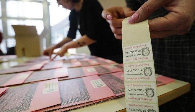 Ιταλία: Στις κάλπες 46 εκατ. ψηφοφόροι για τις βουλευτικές εκλογές