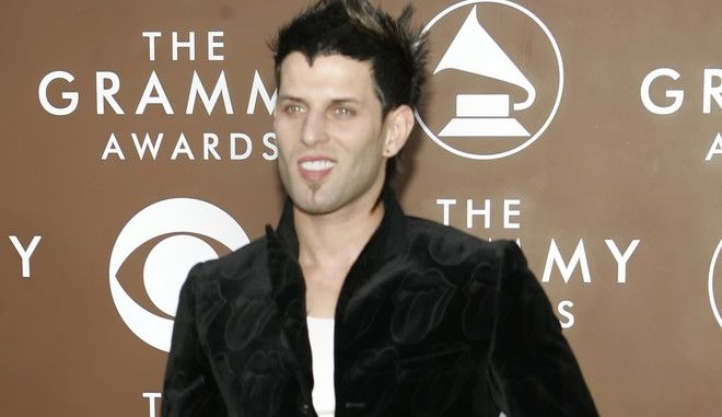 Singer Devin Lima arrives for the 48th Annual Grammy Awards Wednesday, Feb. 8, 2006, in Los Angeles. (AP Photo/Chris Carlson)