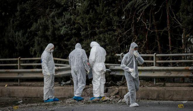 Ισχυρή έκρηξη βόμβας τα ξημερώματα στις εγκαταστάσεις του τηλεοπτικού σταθμού ΣΚAΪ στο Φάληρο