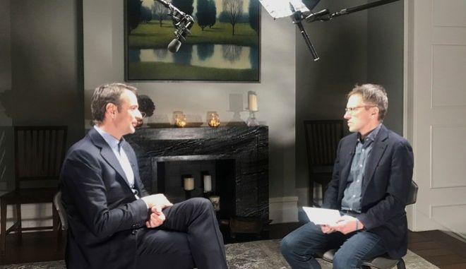 Ο πρόεδρος της ΝΔ μιλώντας στο αμερικανικό δίκτυο PBS