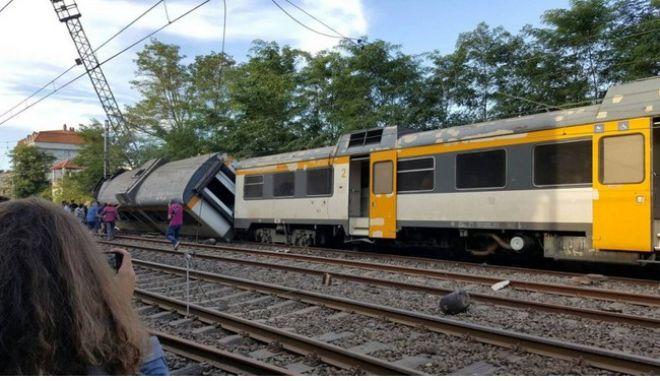 Νεκροί από εκτροχιασμό τρένου στην Ισπανία