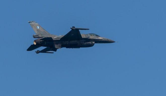 Μαχητικό F-16 της ΠΑ