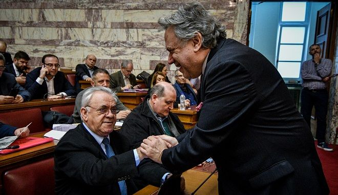Οι υπουργοί Γιάννης Δραγασάκης και Γιώργος Κατρούγκαλος