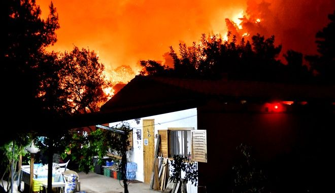 Φωτιά στην Κορινθία. Οι εικόνες της καταστροφής