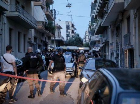 Πετράλωνα: Καθαρίστρια κατήγγειλε βιασμό από ένοικο πολυκατοικίας - Έγκλημα  | News 24/7