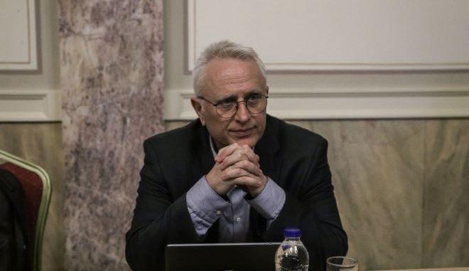 Ο Ραγκούσης ζητά τροπολογία στο νόμο Παρασκευόπουλου για τη στέρηση πολιτικών δικαιωμάτων