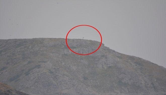 Βίντεο Ντοκουμέντο: Κυματίζει η σημαία στη βραχονησίδα Ανθρωποφάς