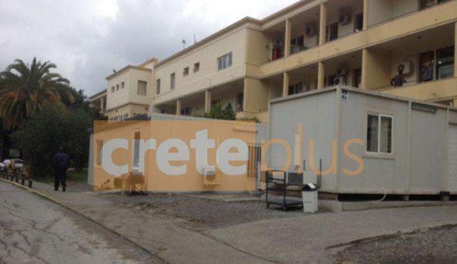 Βενιζέλειο νοσοκομείο: Βγάζουν τους νεκρούς στα μπαλκόνια, γιατί δεν έχει χώρο στους νεκροθαλάμους