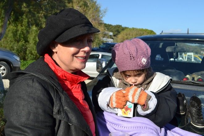 Στο πλευρό των προσφύγων στη Μυτιλήνη η Σούζαν Σάραντον