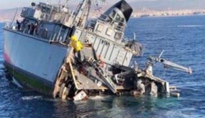 Πειραιάς: Σύγκρουση εμπορικού πλοίου με το πλοίο