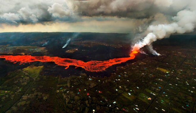 Η λάβα από το ηφαίστειο Κιλάουα, Χαβάη,  10 Ιουνίου 2018.