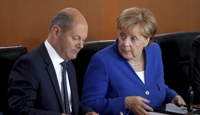 Η καγκελάριος της Γερμανίας Άνγκελα Μέρκελ και ο υπουργός Οικονομικών της Γερμανίας Όλαφ Σόλτς