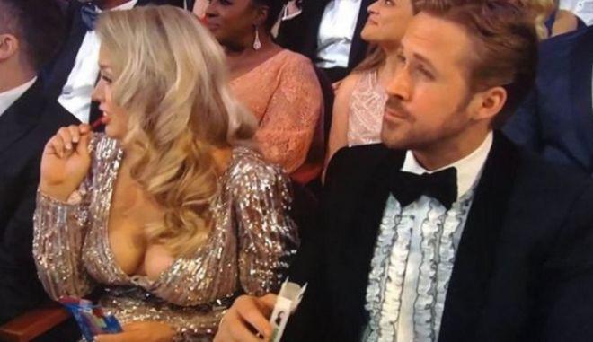 Η κυρία δίπλα στον Gosling δεν ήταν αυτή που νόμιζαν όλοι