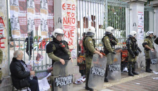 Σε συναγερμό η ΕΛΑΣ για το Πολυτεχνείο-Συλλήψεις και προσαγωγές