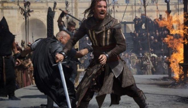 To Assassin's Creed γίνεται ταινία και πρέπει να δεις το τρέιλερ