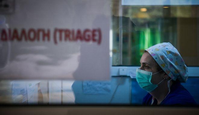 """Στιγμιότυπα από το Νοσοκομείο νοσημάτων θώρακος """"ΣΩΤΗΡΙΑ"""""""