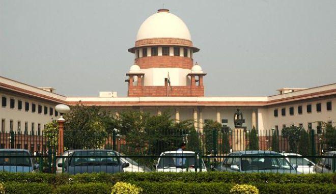 Ινδία: Το Ανώτατο Δικαστήριο επιμένει στην απαγόρευση του ομοφυλοφιλικού σεξ