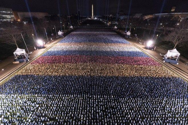 Εκατοντάδες χιλιάδες σημαίες στο National Mall για την ορκωμοσία Μπάιντεν