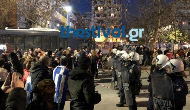 Θεσσαλονίκη: Νέες συλλήψεις για τα επεισόδια έξω από το Μέγαρο Μουσικής