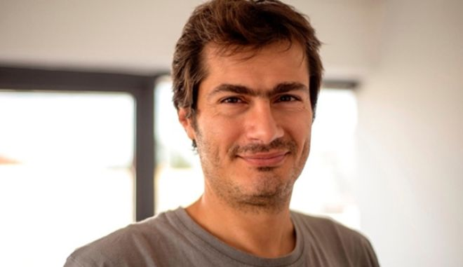 Aπ. Αποστολάκης: Ο άνθρωπος που έμαθε τους Έλληνες να ψωνίζουν στο ίντερνετ