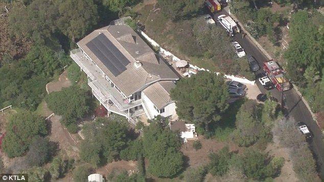 Τρόμος από εισβολέα στο σπίτι της Miranda Kerr. Μαχαιριά στο μάτι δέχτηκε ο σωματοφύλακάς της
