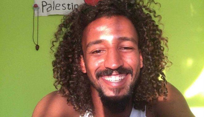 Βοήθησε τον 27χρονο Saed να φέρει γεύσεις από την Παλαιστίνη στη Σάμο