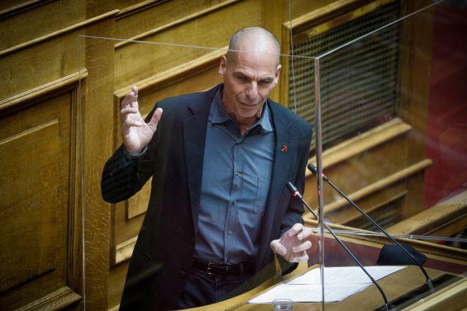 Στη Βουλή σήμερα η αντιπαράθεση Μητσοτάκη - Τσίπρα για την Νέα Σμύρνη