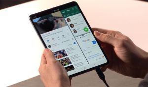 Samsung Galaxy Fold: Αυτό είναι το αναδιπλώμενο smartphone!