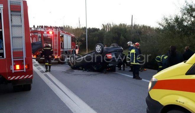 Κρήτη: Τούμπαρε ΙΧ στην Εθνική οδό - Εγκλωβίστηκε ο οδηγός